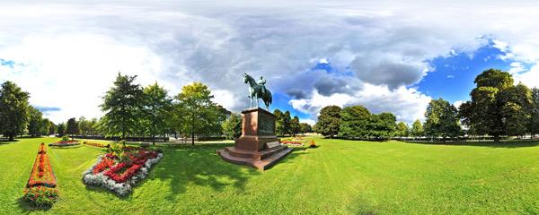 Kaiser Wilhelm I - Reiterstandbild im Kieler Schlossgarten