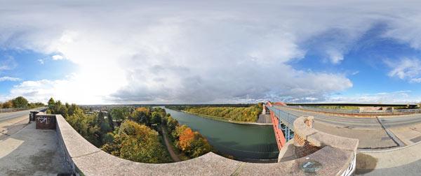 Alte Levensauer Hochbrücke am Nord-Ostsee-Kanal südliches Widerlager