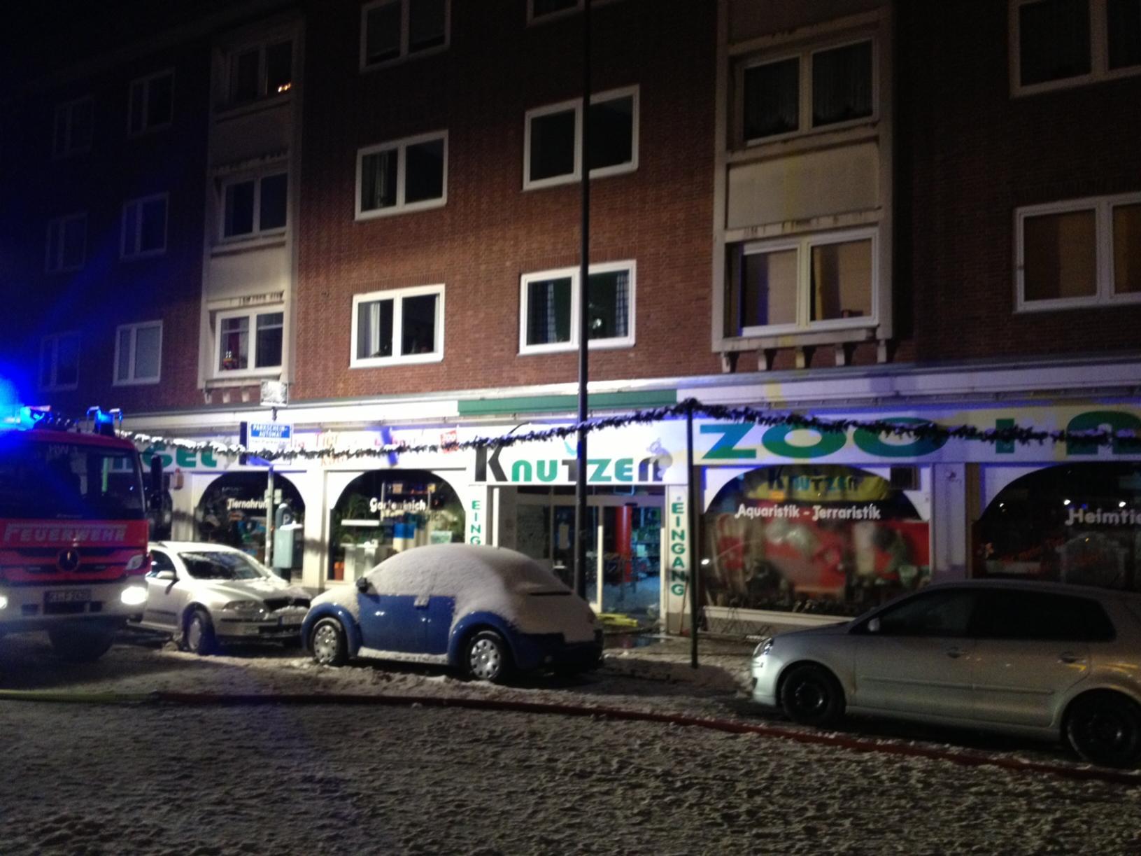 KIELisREAL  Feuer in Zoohandlung Knutzen Kiel