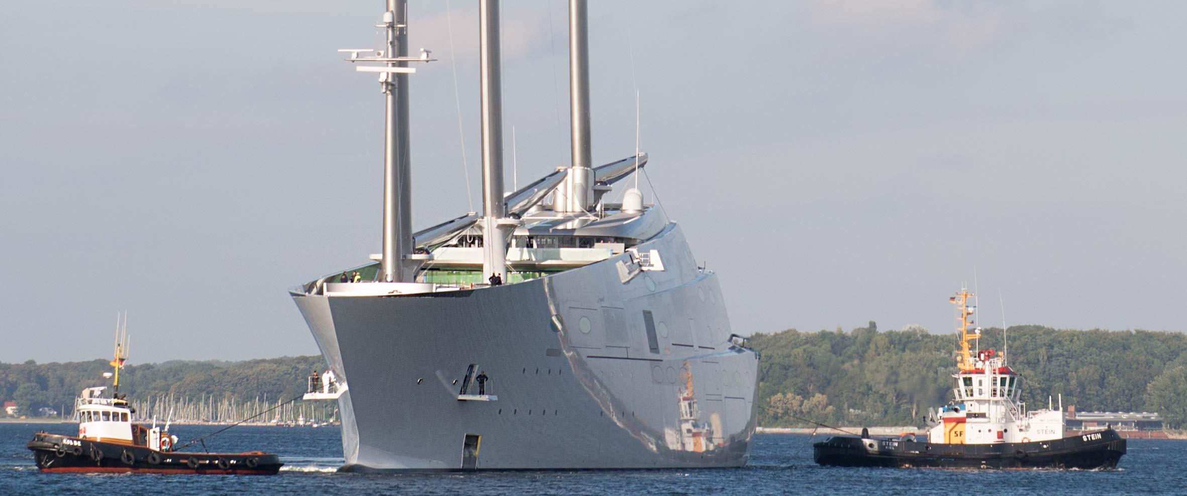 White Pearl auf Probefahrt auf der Kieler Förde