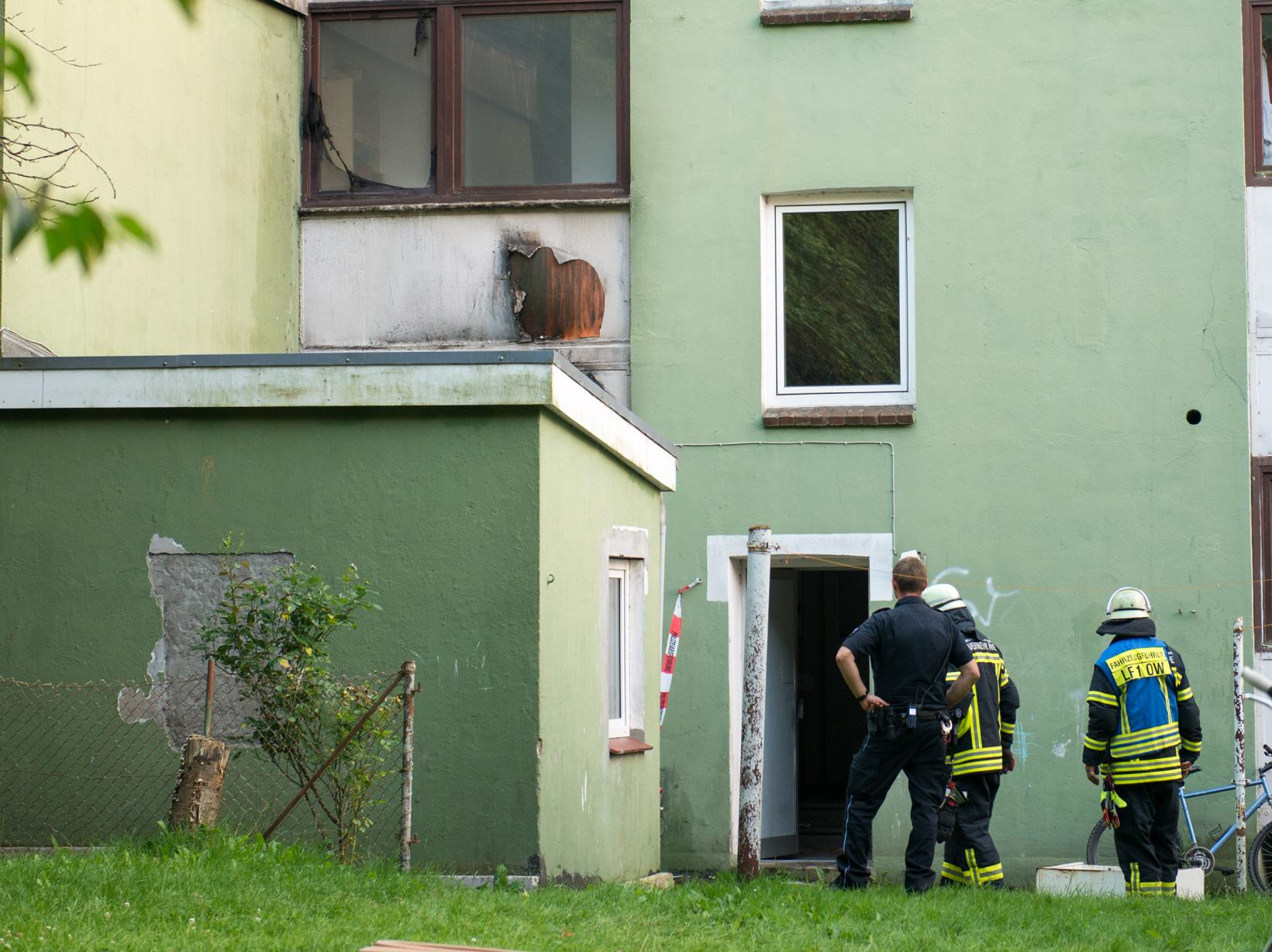 Feuer auf dem Hinterhof im Stadtteil Wellingdorf