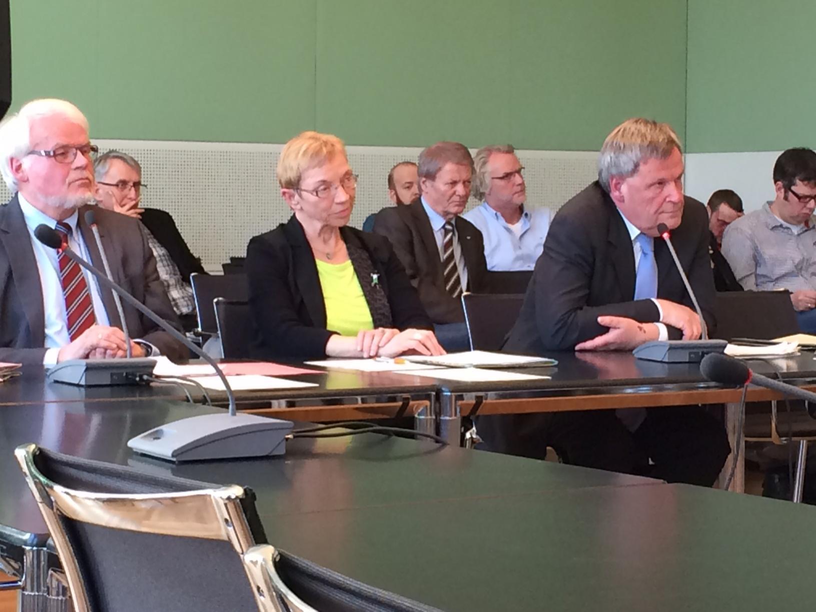 Innen- und Rechtsausschuss Sig Sauer 2015 Pannen bei der Staatsanwaltschaft