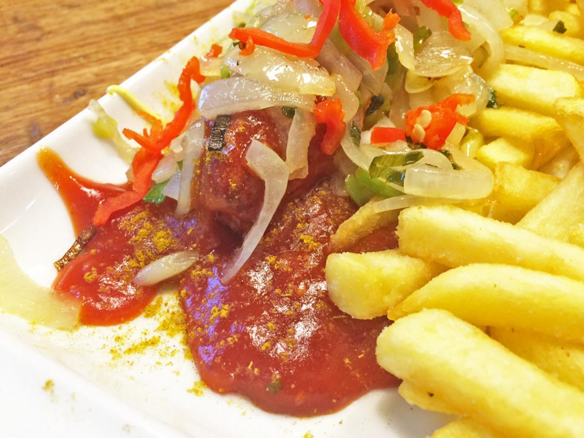 Schärfste Currywurst Kiel mit Chili