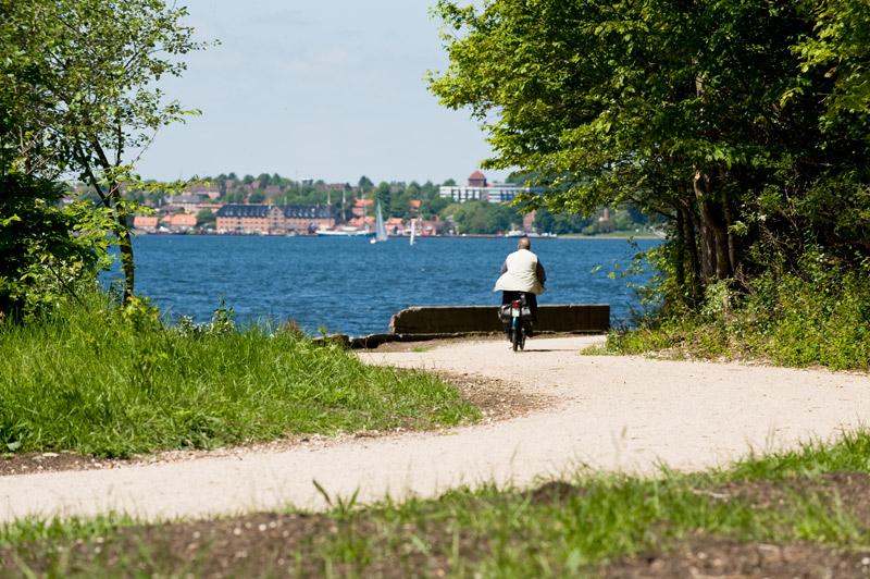 Ostufer Fördewanderweg Spaziergang am Wasser in  Kiel